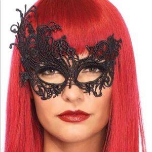 NWT Halloween Femme Fantasy Eye Mask O/S